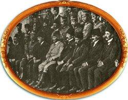 375472_240551869333732_1891396848_n Kongrede M. Kemal'e Güvenmiyorlardı.