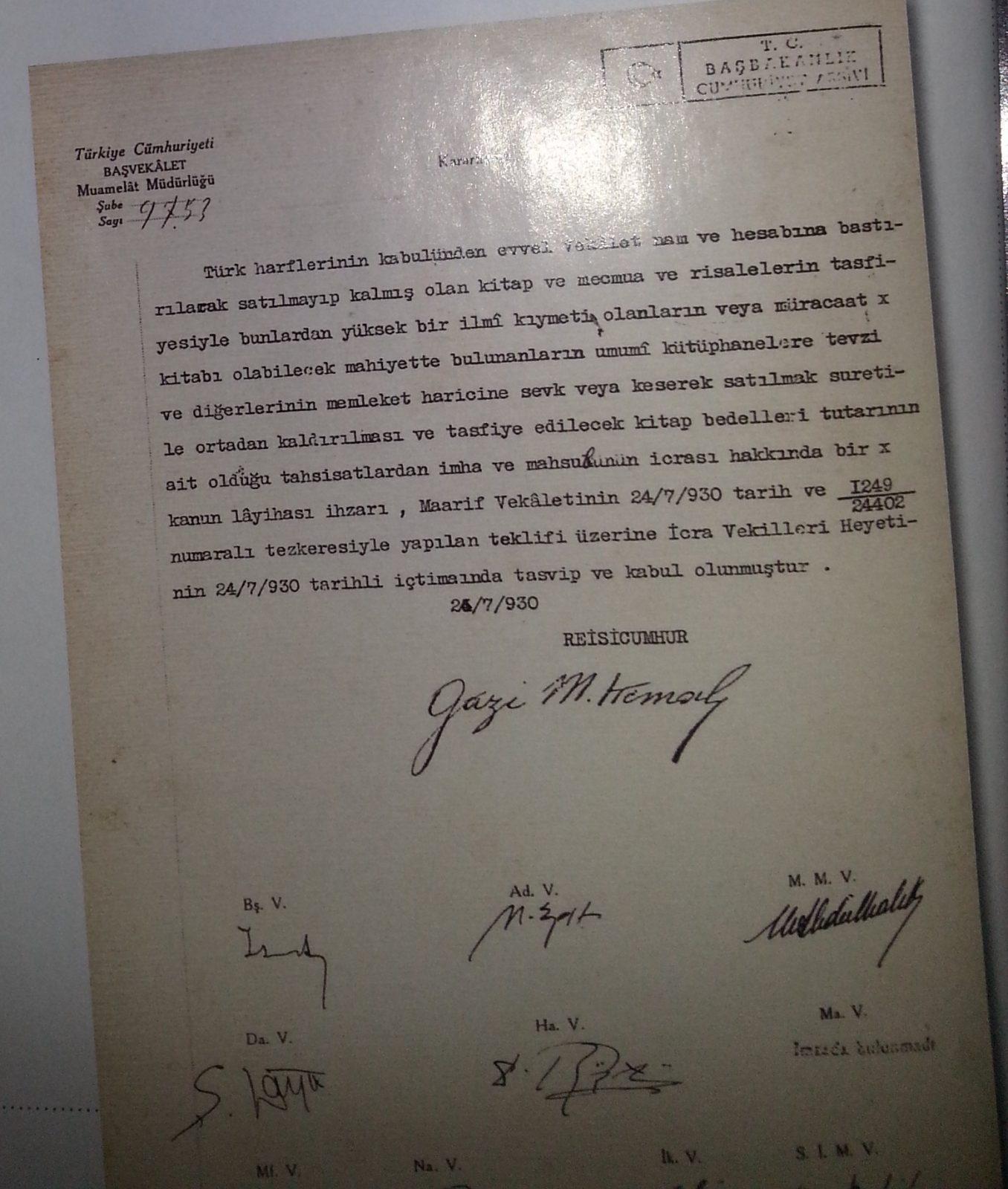 """4 Atatürk Diyor Ki: """"Osmanlıca Kitap, Dergi ve Risaleleri Yurt Dışına Satın"""""""