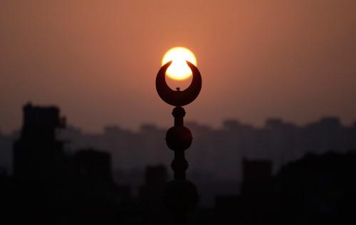 islam-crescent İslam'ı kime söyleteceğiz?