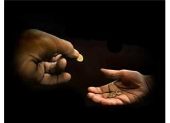 Sadakaları da Tövbeleri de Kabul Eden Allah'tır