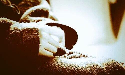 Aşkın Şânı, Kendisinden Başka Herşeyi Unutturmaktır