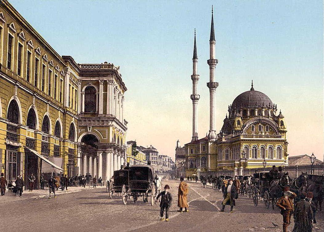 osmanli-eski-fotograf-faytonlar-cadde-cami Kadersel Değişimin Mantığı