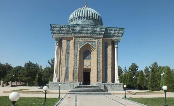 imam_maturidi_kimdir_hangi_yuzyilda_yasamistir_h31527_1541f İmam Mâturîdî'den Tarihselci Çıkarmak
